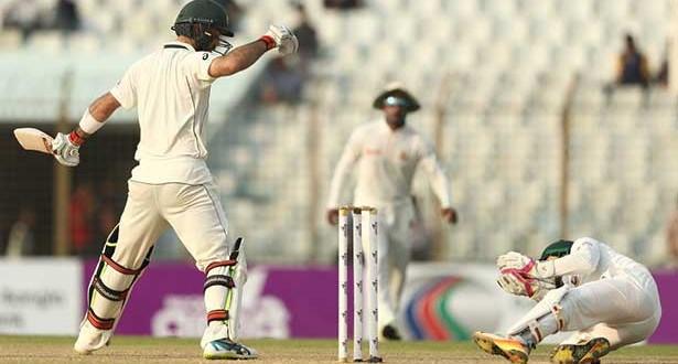 201709061913004042_Chittagong-Test-3rd-Day-BANvAUS-australia-377-for-9-72-runs_SECVPF