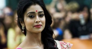 201709131425443288_Ask-a-question-about-marriage-Shriya-angry_SECVPF